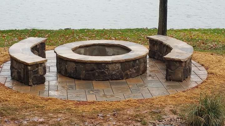 Fire pit with seating. Tennessee field stone, crab orchard flagstone, techo-bloc blu 60