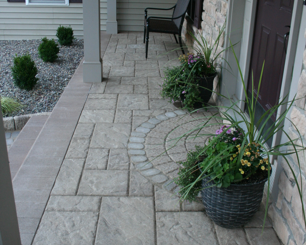 This overlay project ties in the semi-circle accents, colors, & textures used elsewhere on the project.
