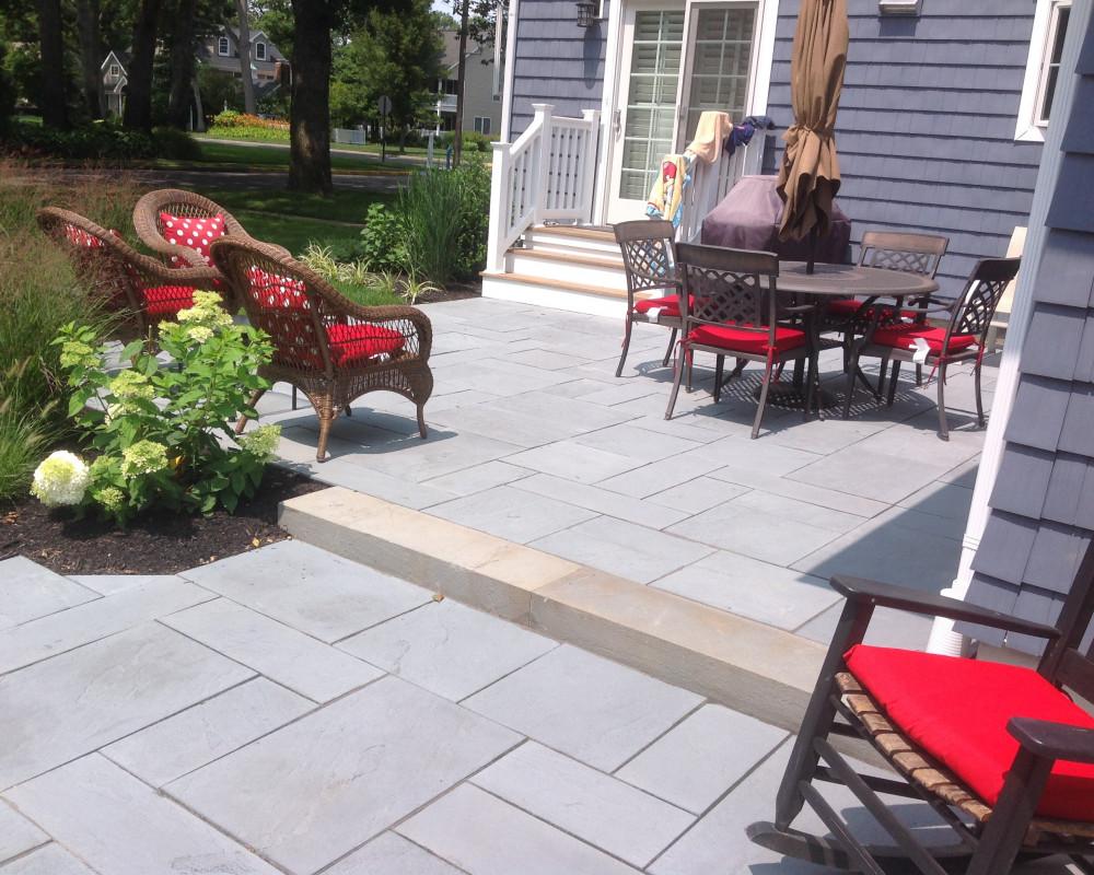 Dual elevation patio