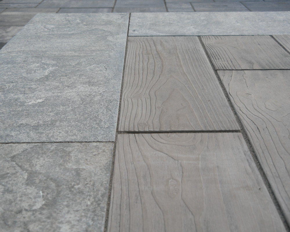 Beautiful Borealis. One of our favourite Techo-Bloc product .